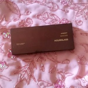 Hourglass Ambient Lightning palette
